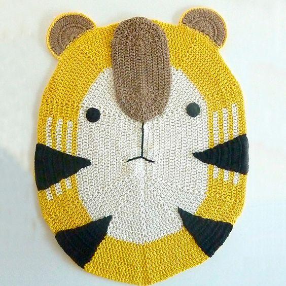 Tapete de bicho em crochê feito com fio 100% algodão - Mamãe Achei