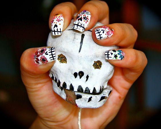 Sugar Skull Nail Tutorial