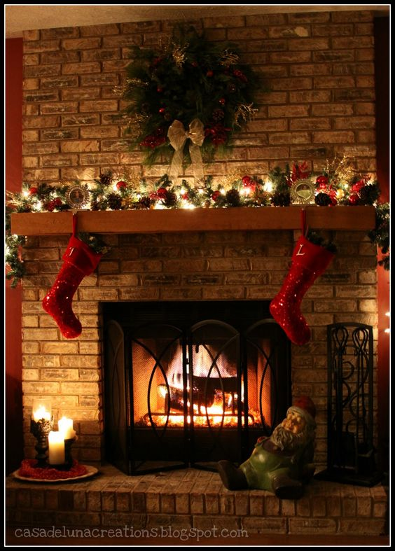Interior awesome christmas mantel decoration with red Brick fireplace wall decorating ideas