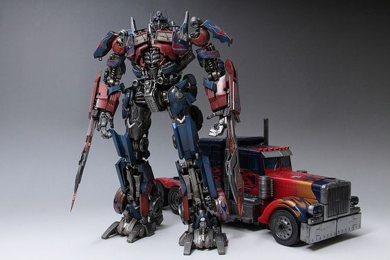 Optimus Prime&The toy vehicle mode(Repainting)   Flickr - Photo Sharing!