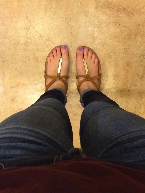 "Hello Sandals! Steve Madden ""Croatia"""