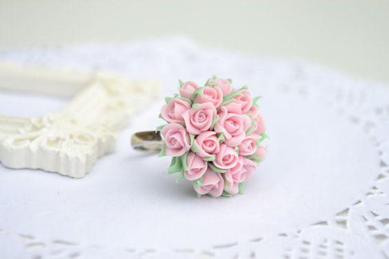 Roses ring. Light pink roses ring. Flower ring. por IvannaFlorist