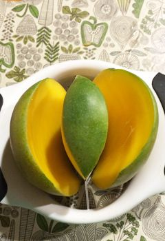 Orange & Mango Green Smoothie