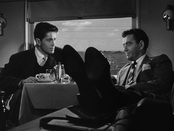 Strangers on a Train (1951, Alfred Hitchcock) / Cinematography by Robert Burks