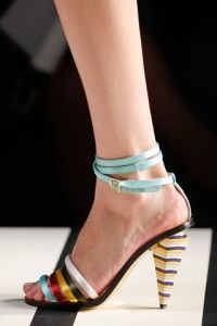 Fendi: spring 2012 Really Love Tha' Heal :)