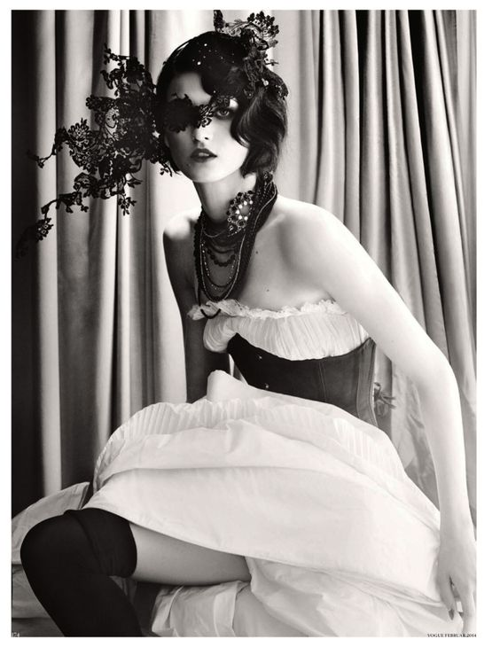 Vogue Germany Feb 2014, Katlin Aas by Giampaolo Sgura http://25thcenturyyy.com/femme-universelle-katlin-aas-by-giampaolo-sgura-for-vogue-germany/