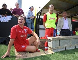Ray Parlour Fundraiser For Fairford Town FC
