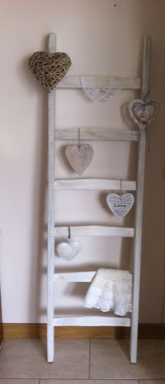 Brocante ladder decoratie trapje pinterest brocante oude ladder en hart - Restyle houten trap ...
