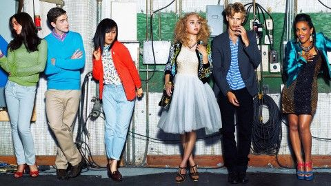 The Carrie Diaries cast poster. Don't you love Carrie's tulle-poofy-esque skirt? (The Carrie Diaries Style)