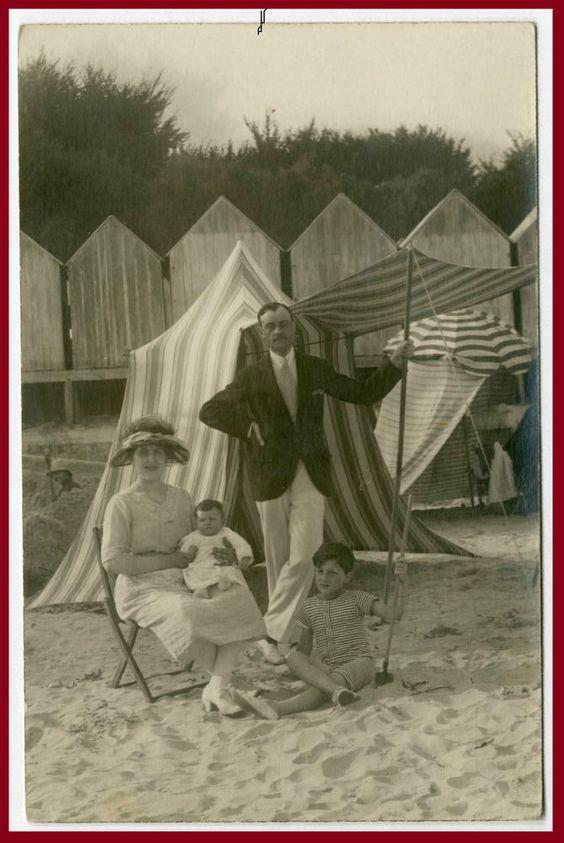LA FAMIGLIA AL MARE (F02) SPIAGGIA-MODA-VECCHIA FOTO D EPOCA/OLD PHOTO-ANNI 20