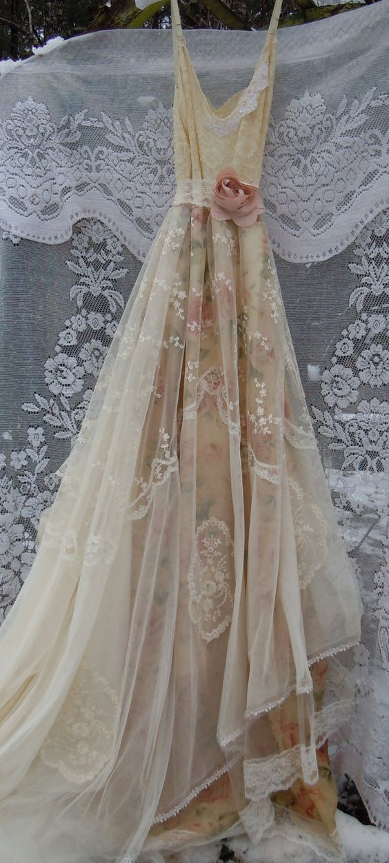 Lace wedding dress boho nude floral cream vintage for Lace flower wedding dress