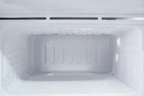 冷蔵庫が故障した 起こる現象や買い替えの判断基準を紹介 暮らしの知識 オリーブオイルをひとまわし 2020 カレーピラフ 古い冷蔵庫 冷凍