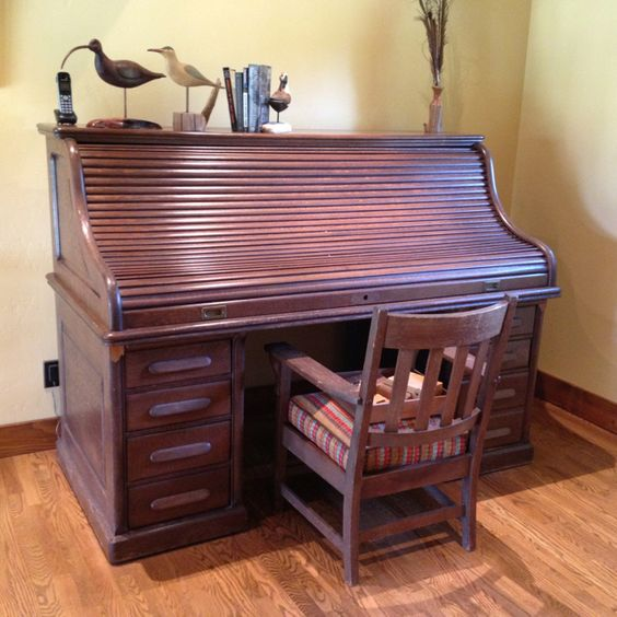 antique roll top desk will be used as fly tying desk rocky creek ranch pinterest fly. Black Bedroom Furniture Sets. Home Design Ideas