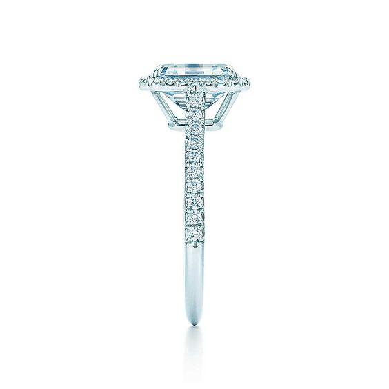 Tiffany Soleste Bague diamant taille émeraude