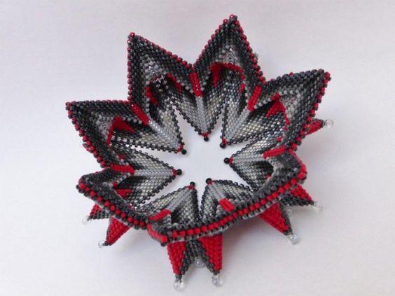 "Ina Hascher - Bracelet ""Geometric 2"" -   Geometric beadwork bracelet   - 360,00€:"