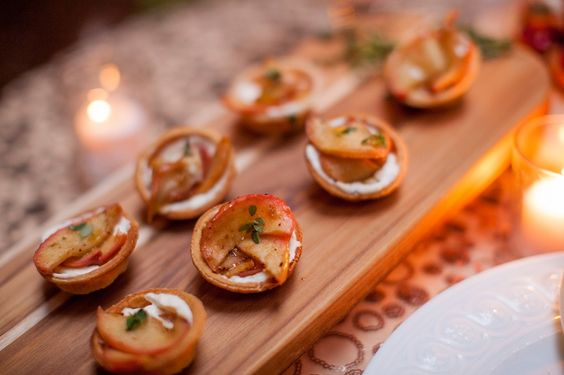 Fruit tartlet seasonal hors d'oeuvre by Denton & Co. for Love Inc. Holiday Inspiration shoot. #holidays #christmas #appetizers #food #inspiration   Photo by Alexis June Weddings