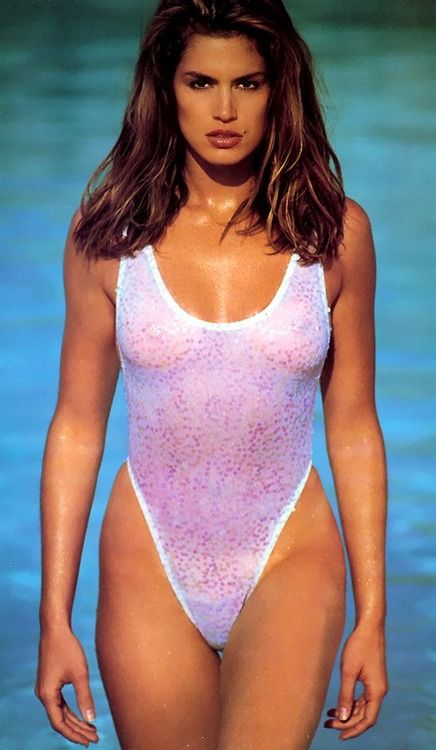 Cindy Crawford Swimsuit Shot When I Was Young Women