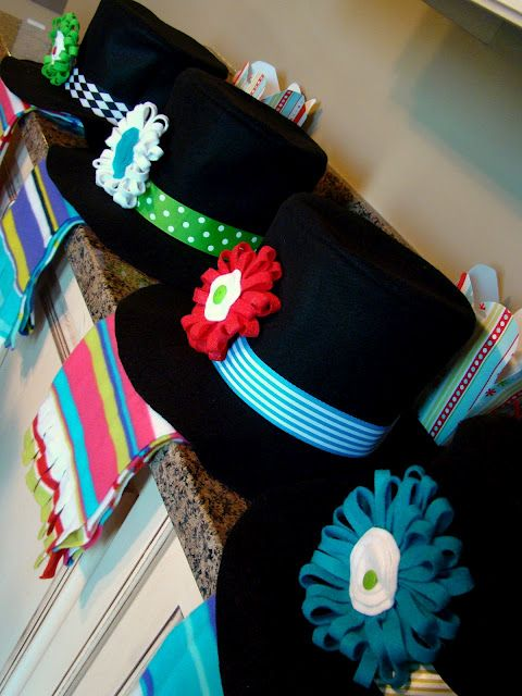 Snowman Kit...loving these felt hats & flowers from the tutorial.