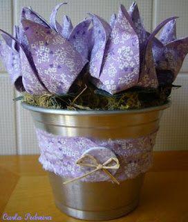 Tulipa... origami em tecido....