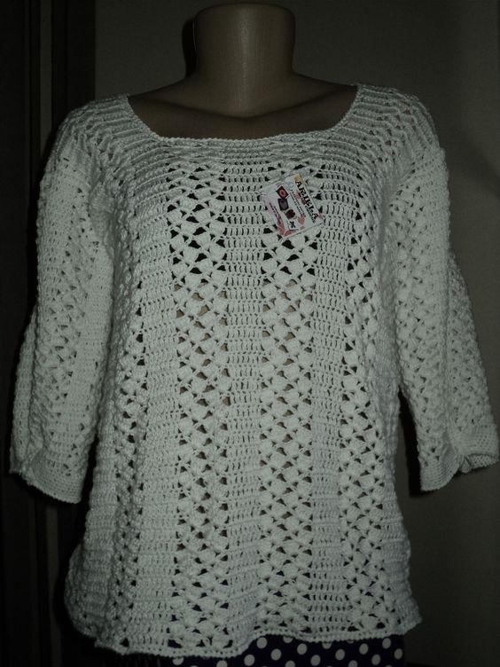Peça confeccionada com linha 100% algodão, com mangas 3/4 e com detalhe para amarrar . Tamanho G, podendo ser feita em outras cores e tamanhos.