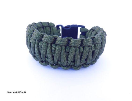 Bracelet Homme - Bracelet de survie - Paracord 550 lb - King Cobra -10 choix de couleurs - sur mesure -fait main -Made in France de la boutique Axellecreations sur Etsy