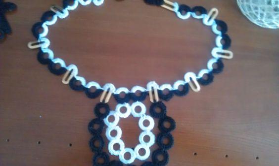 zwart/wit gehaakte ketting