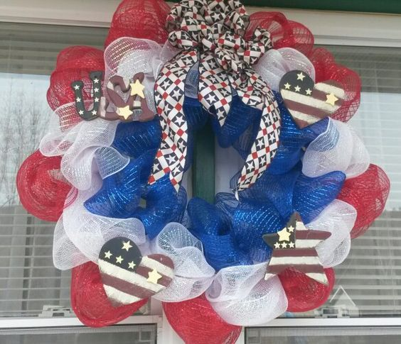 memorial day mesh wreath