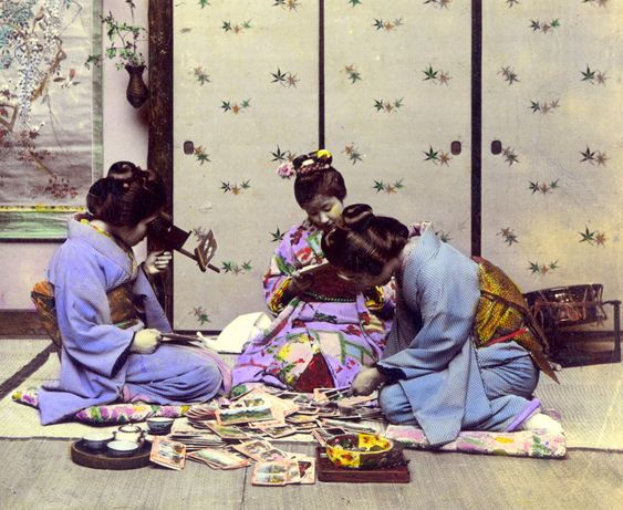 https://flic.kr/p/4yGRvv | GEISHA LOOKING AT 3-D PHOTOGRAPHS (1) -- Posthumously Awarded Full Membership in Flickr | Technically speaking, that appears to be two Geisha, with a Maiko in the middle --- all of them enjoying a look at T. Enami's stereoviews (and what a fine-looking pile of views it is !)  See full 3-D version of the above image HERE :  www.flickr.com/photos/24443965@N08/2311106815/in/set-7215...  LOOKING AT STEREOVIEWS IN T.ENAMI'S YOKOHAMA STUDIO. Ca. 1898-1907 -- VARIANT #1 [...: