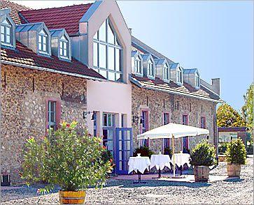 Die strassenm hle d 65439 fl rsheim wicker hochzeit for Hochzeitsdeko mainz