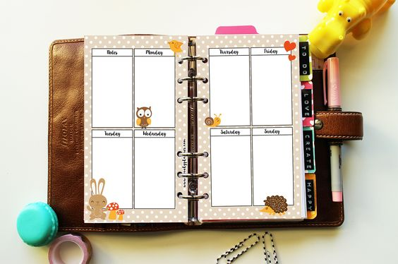 Free autumn printable planner inserts with cute forest animals. Fits personal…