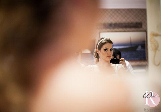 Beleza: Dia da Noiva Exclusivo Foto: Rodrigo Cypriano dia da noiva exclusivo, equipe dia da noiva exclusivo, dia da noiva, dia da noiva em casa, noiva em casa, dia da noiva no hotel, make, maquiagem, hair, penteado, ilovemakeup, beleza, beauty, ro deladore, casamento, wedding, noiva, bride, maquiagem airbrush, airbrush makeup, curso automaquiagem