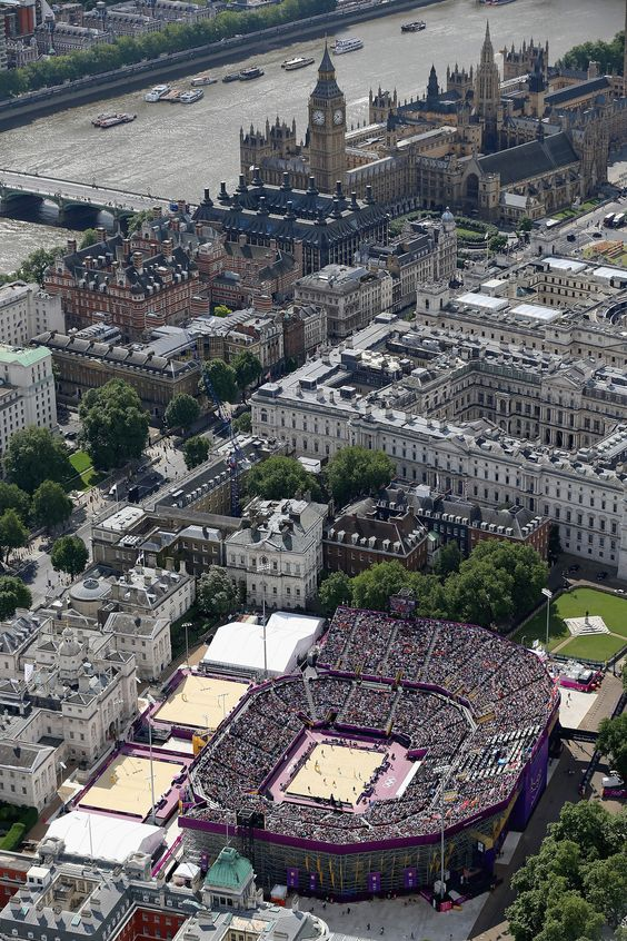 London From Above:  An ariel view of the Beach volleyball venue at Horse Guards Parade on Day 7 of the London 2012 Olympic Games at Olympic Park on August 3, 2012 in London, England.    Photo by: Jeff J Mitchell/Getty Images