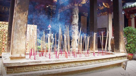 Chùa gắn liền với đời sống văn hóa, tâm linh của người Trung Hoa