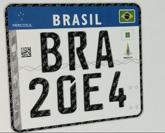 Novas placas de automóveis padrão Mercosul, valerão a partir de 2016 - https://brasilmultas.com.br/noticias/novas-placas-de-automoveis-padrao-mercosul-valerao-a-partir-de-2016/