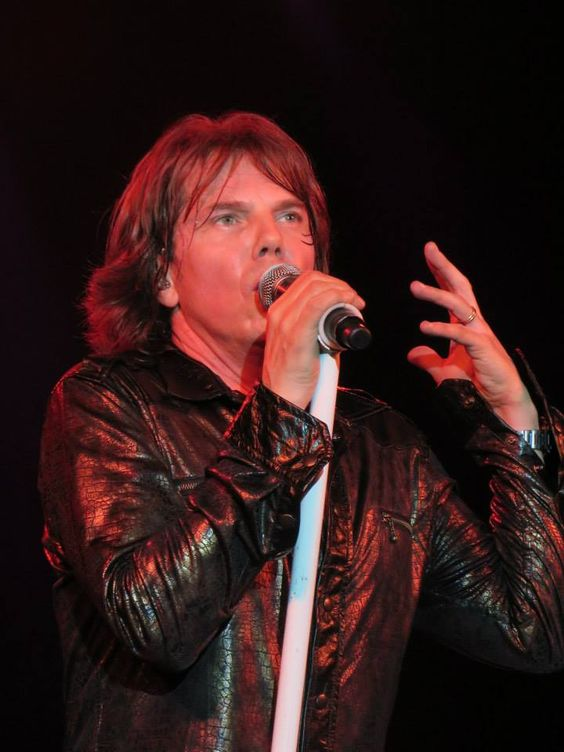 MBTI enneagram type of Joey Tempest