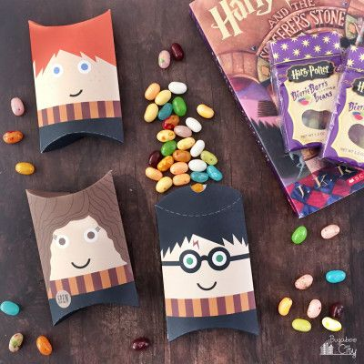 Use these Harry Potter pillow boxes for Christmas gift containers