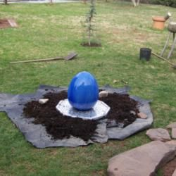 Tutorial on a DIY small garden water feature.