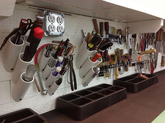 tubes pvc pour le rangement des outils mon atelier. Black Bedroom Furniture Sets. Home Design Ideas