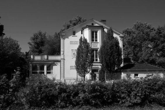 Stadtarchiv Schwäbisch Gmünd, Fotos Stadtmessungsamt, Fotograf: Schuster  Villa Köhler, Parlerstraße 12, Sitz der amerikanischen Militärregierung.