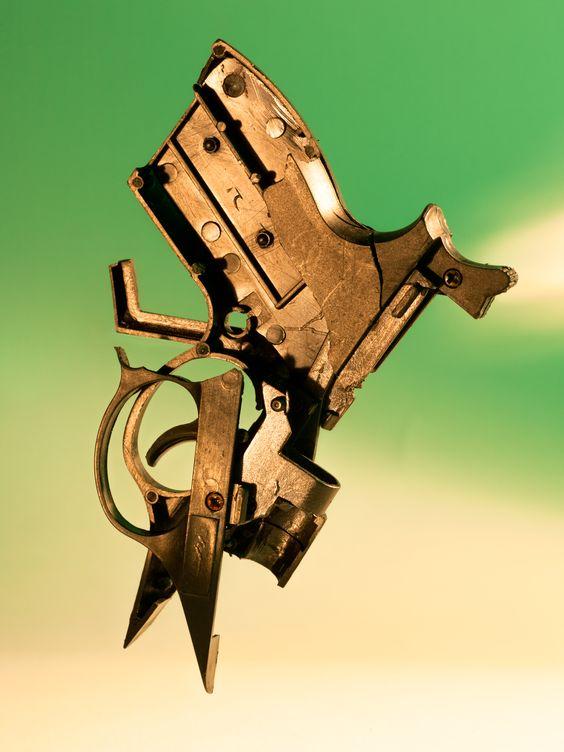 #art #kunst #still life #stillleben #photography #fotografie #spielzeugpistole #toy gun