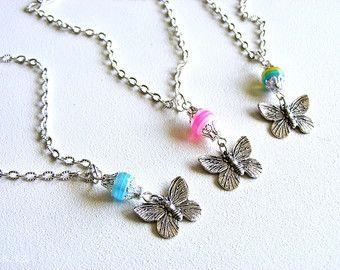 Lariat silver necklace for dolls von DressingDollie auf Etsy