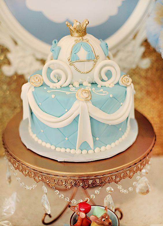 ADORABLE PARTY!!  LOVE, LOVE, LOVE!! Cinderellas Modern Bibbity Bobbity Boutique {Princess Party}