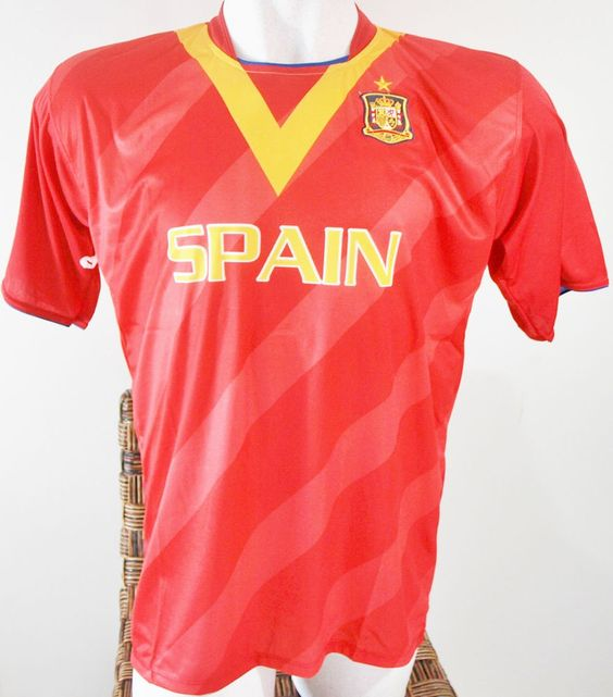 SPAIN SOCCER JERSEY T-SHIRT DRAKO FÚTBOL ONE SIZE FOOTBALL WORLD CUP 2014 ESPAÑA #Drako #soccershirts #soccerjerseys #fifaworldcup #football #soccer #worldcup2014 #spain #espana