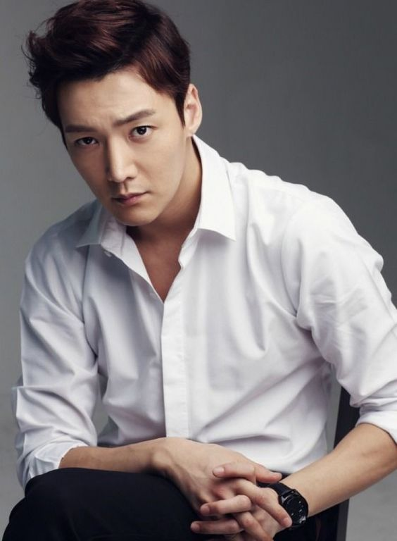 Aktor Korea Tertampan Choi Jin Hyuk