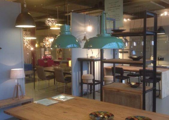 Landelijke Slaapkamer Verlichting : Showroom winkel interieur ...