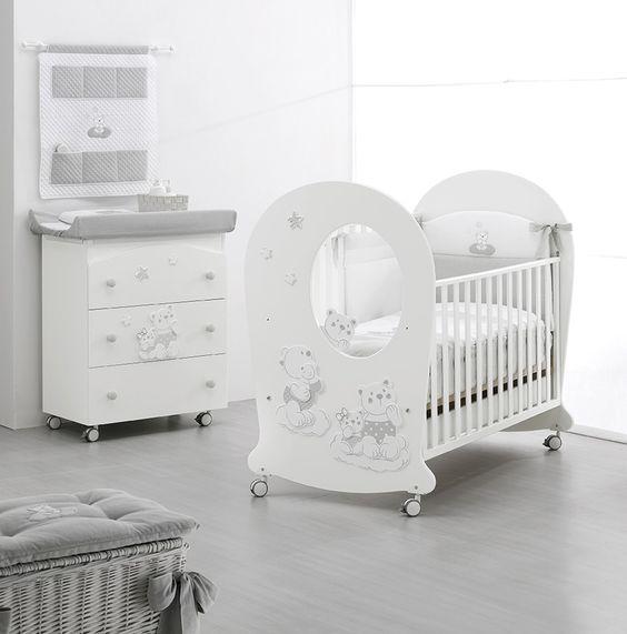 Kinderzimmer-Inspiration mit Erbesi Serie Nuvola in white