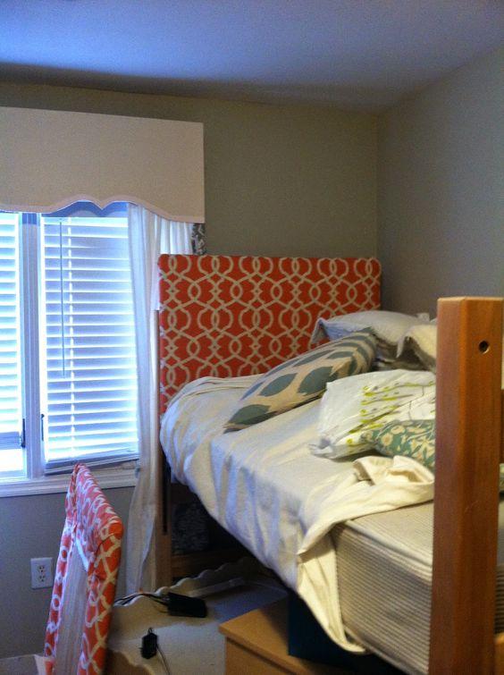 Dorm Room Headboards: Dorm Room Headboard Tutorial