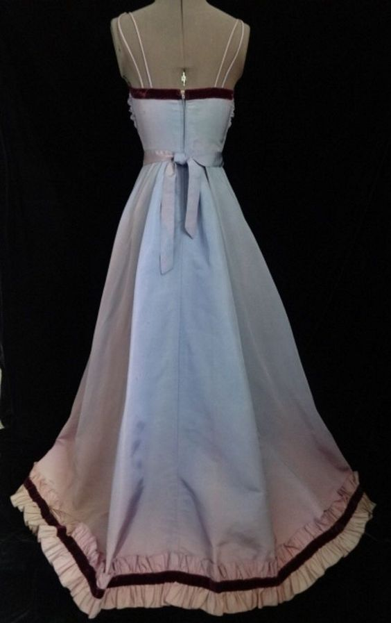 Vintage 1940s Lilac Taffeta Boned Ruched Bodice Full Skirted Ballgown with Maroon Velvet Trim - Back