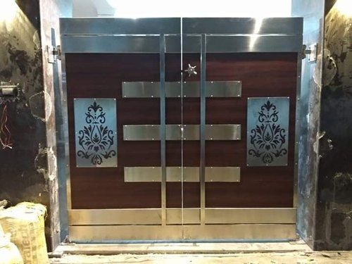 Hinged Brown Stainless Steel And Wooden Gate Thickness 2 4 Material Grade Ss304 Rs 1200 Square Feet Id In 2020 Wooden Gates Steel Gate Design Room Door Design