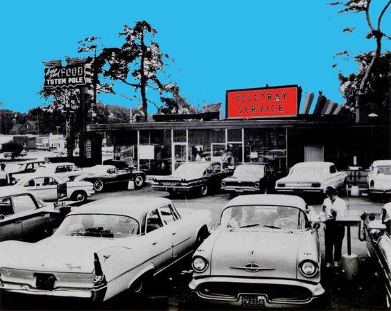 "The Totem Pole restaurant on Woodward Avenue - ""cruisin"" (1950's)  Royal Oak, MI -  Our main hangout!: 1950 S Royal, Pole Restaurant, Fifties Teenager, Sixties Teenager, Teenager Royaloak, 1960S Fifties, Totem Poles"
